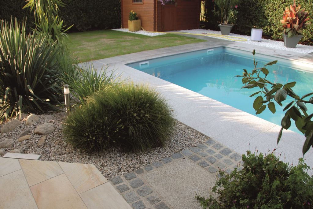 Pool mit berdachung im set angebot pool tech for Garten pool hersteller